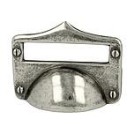 Uchwyt z kolekcji Druckguss renomowanej firmy Siro. Wykonany z metalu. Kolor pokrycia - stare srebro. Rozstaw - 32mm.  Bardzo stylowy i efektowny uchwyt z...